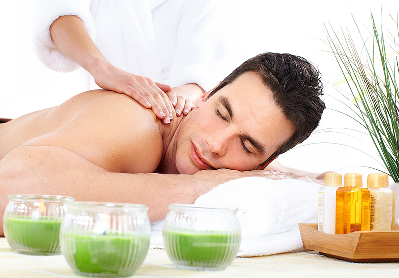 Esential Oils Massage, Essential oils for massage therapy.