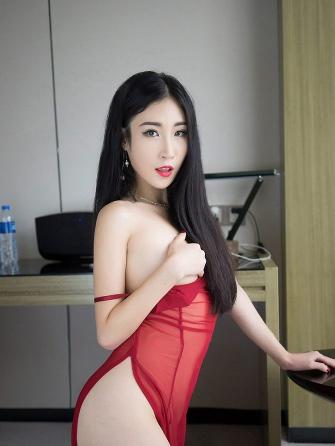Jessie - a London Body to Body Outcall & Hotel Masseuse