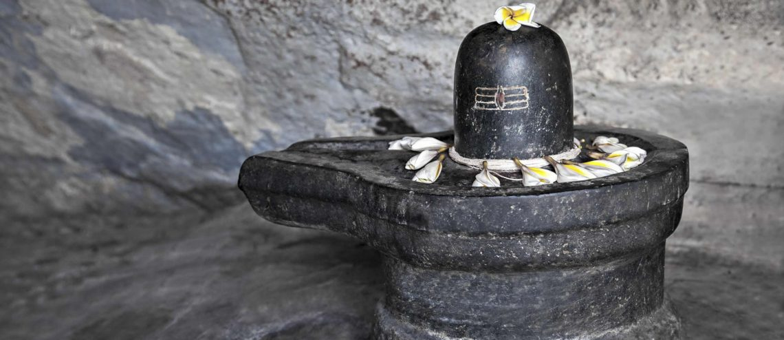 lingam massages are slow and sensual